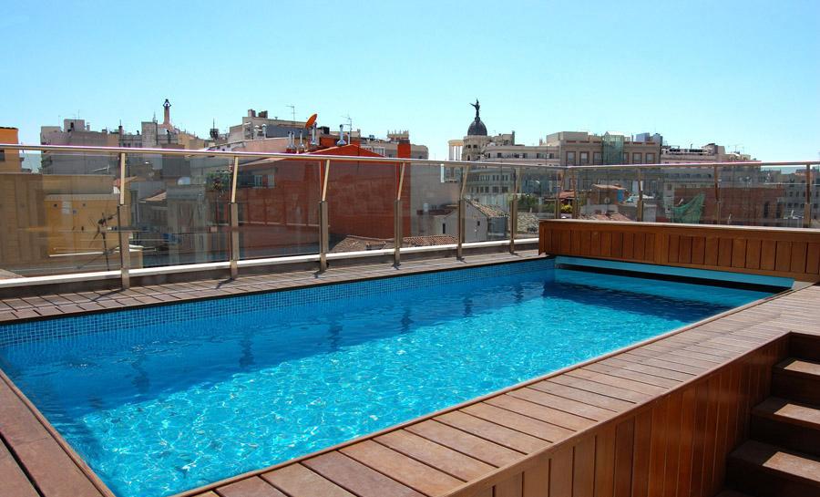 Piscinas en terrazas todo es posible for Piscinas plastico duro