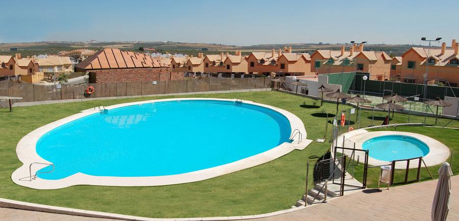 Piscinas en sevilla interesting ayre hotel sevilla y su - Piscinas cubiertas sevilla ...