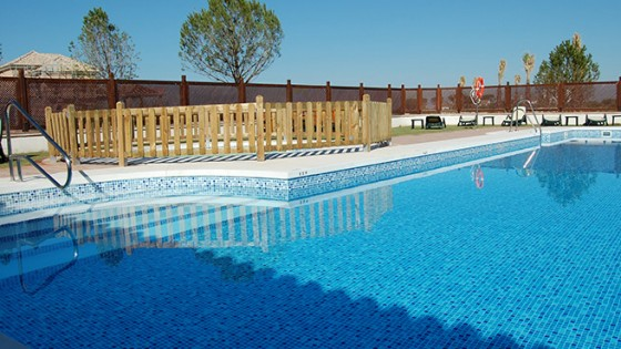 Piscinas p blicas piscinas en murcia valencia madrid for Piscina publica zaragoza