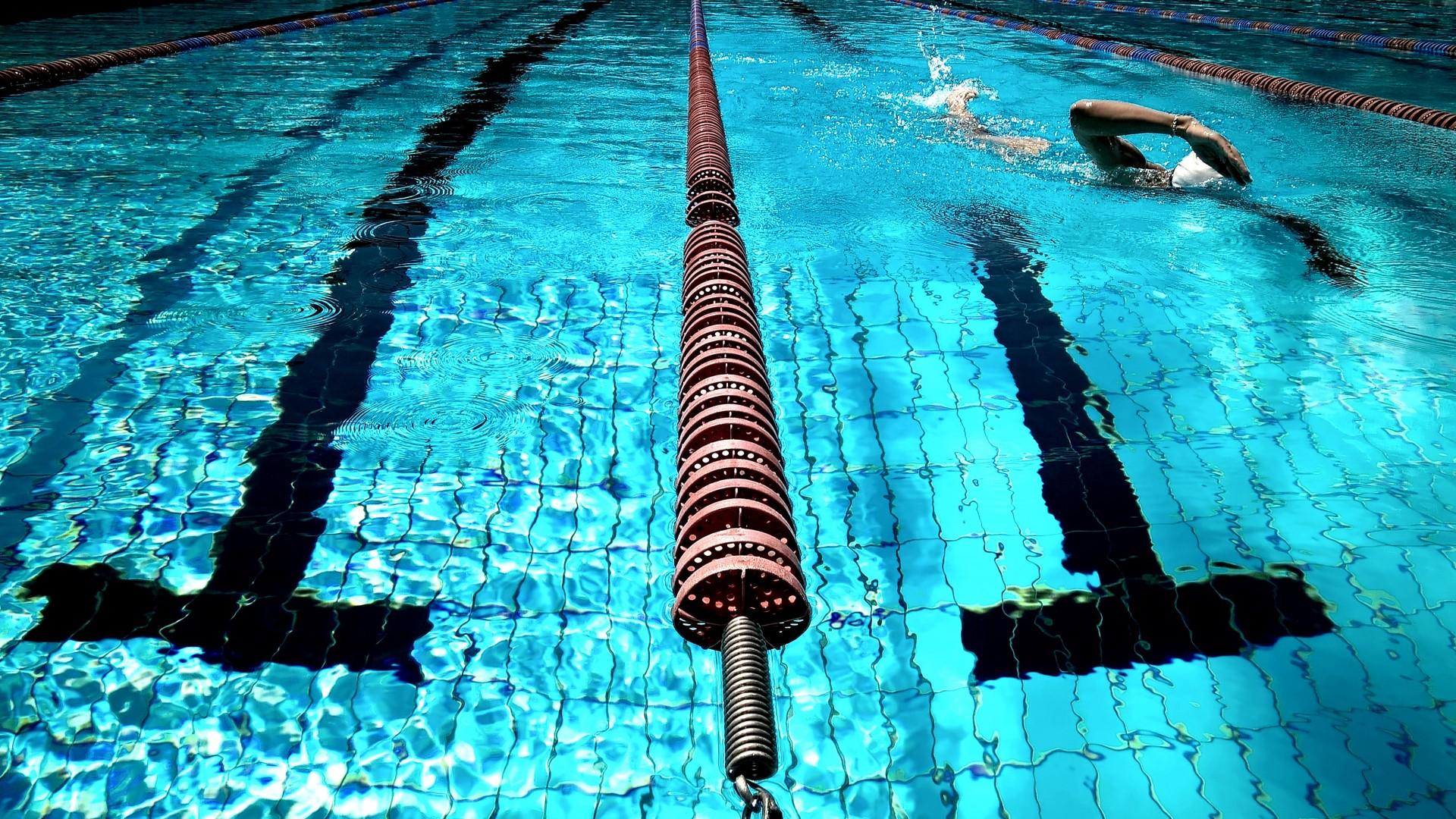 swimming-924895