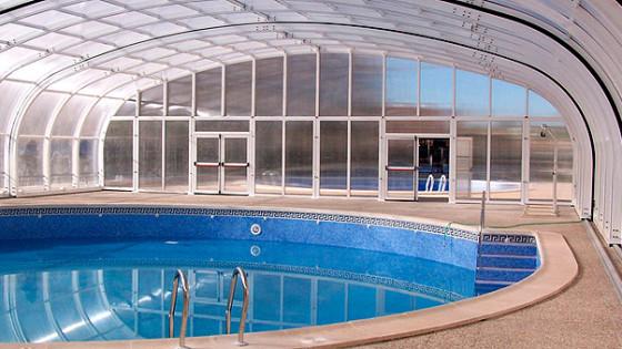 Oferta de cubiertas para piscinas cubiertas piscinas for Piscinas cubiertas barcelona