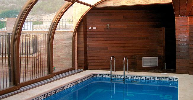 Oferta de cubiertas para piscinas cubiertas piscinas for Piscina cubierta zaragoza
