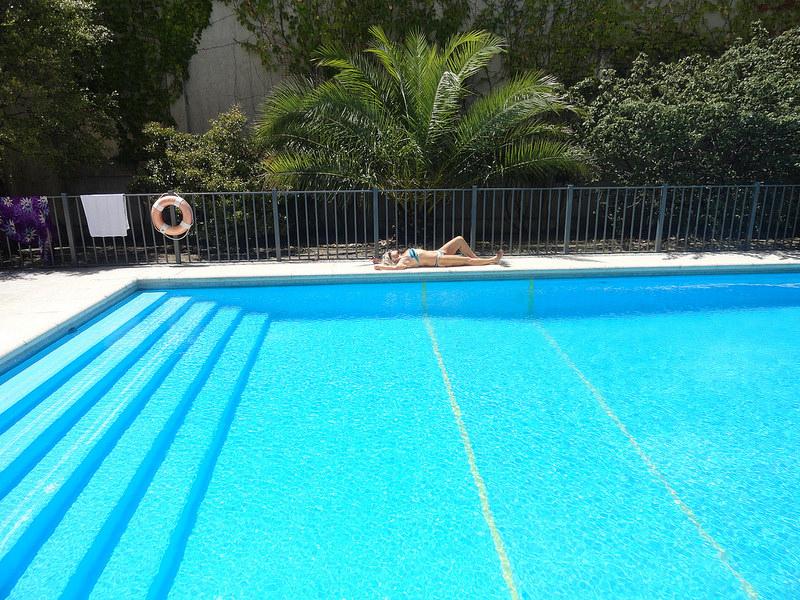 C mo elegir sabiamente el agua de tu piscina for Suministros para piscinas