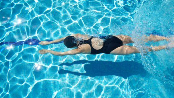 Ejercicio en tu piscina climatizada